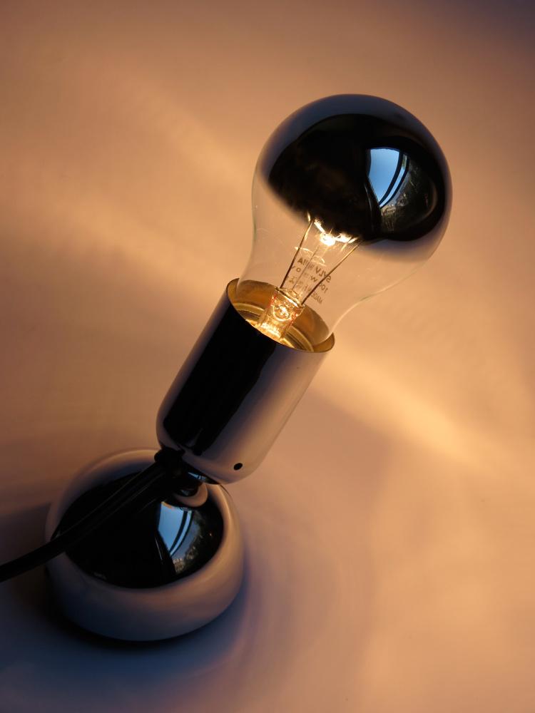 ingo maurer maurer lampe orientable pollux dition originale pollux adjustable table light. Black Bedroom Furniture Sets. Home Design Ideas